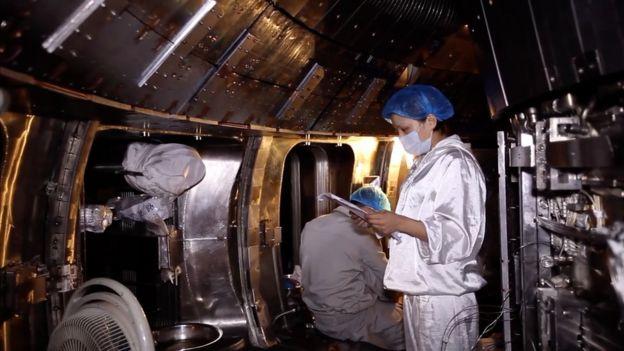 核聚變反應堆專家在此工作