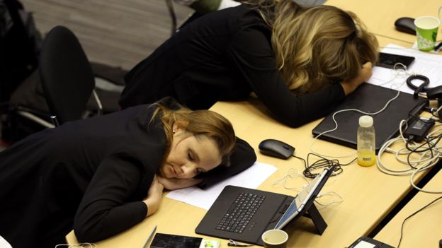 Journalists asleep at EU summit, 30 Jun 19