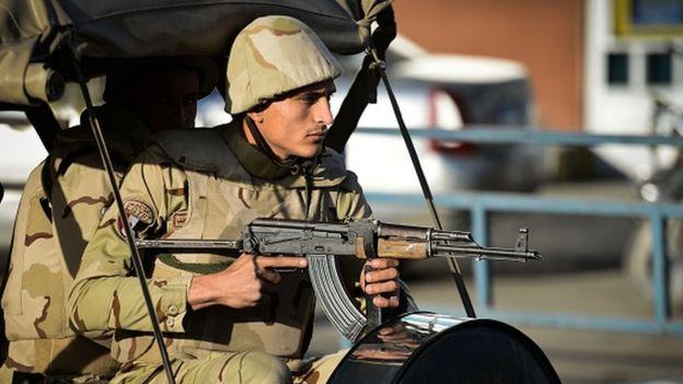 مصر در صحرای سینا در حال نبرد با گروههای اسلامگرایی است که به داعش وفادارند