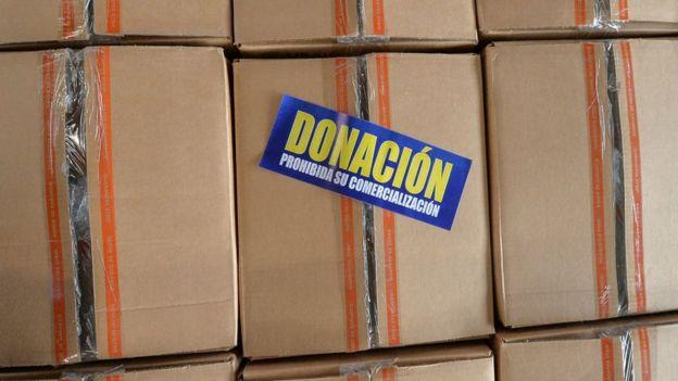Cajas de ayuda humanitaria en Cúcuta, Colombia, para Venezuela.