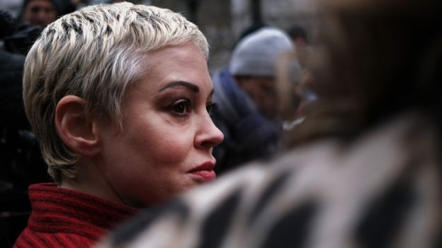 Rose McGowan asistió a la primera audiencia del proceso contra Harvey Weinstein en Nueva York
