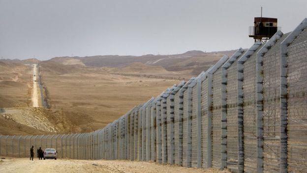Valla fronteriza de Israel y Egipto