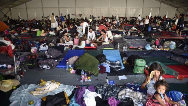 کاروان پناهجویان عازم از آمریکای مرکزی حالا به مکزیک رسیده است.