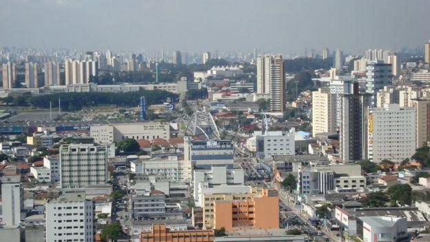 Imagem do alto de Osasco, em que se pode ver vários prédios