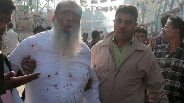 வங்கதேசத்தில் மீண்டும் ஹசீனா வெற்றி: முறைகேடு என எதிர்க்கட்சிகள் புகார்