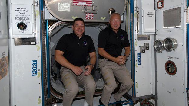 班肯(左)和赫利(右)在5月底升空,前往國際空間站。