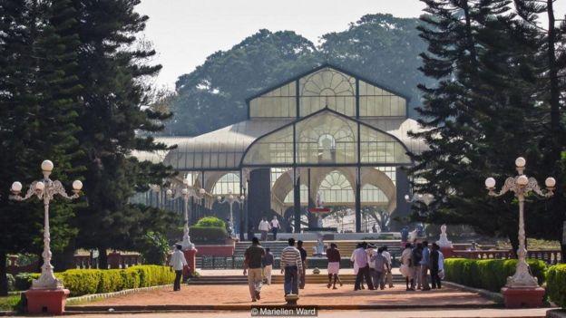 Lalbagh adalah harta karun di sebuah kota yang merupakan salah satu yang paling cepat berkembang di Asia