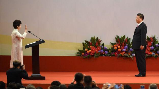 林郑月娥宣誓就任第五任香港特首。