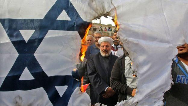 Protesta de Hezbolá contra Israel en Líbano.