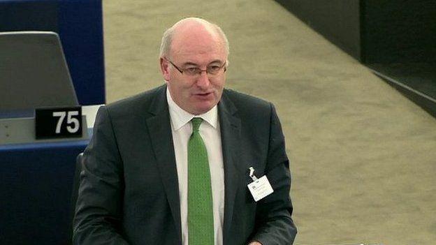 Comisiynydd Amaeth Ewrop Phil Hogan