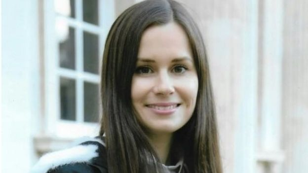 کایلی مور گیلبرت استرالیایی- بریتانیایی و فریبا عادل خواه فرانسوی ایرانی تبار از ۲۴ دسامبر در زندان اوین دست به اعتصاب غذا زدهاند
