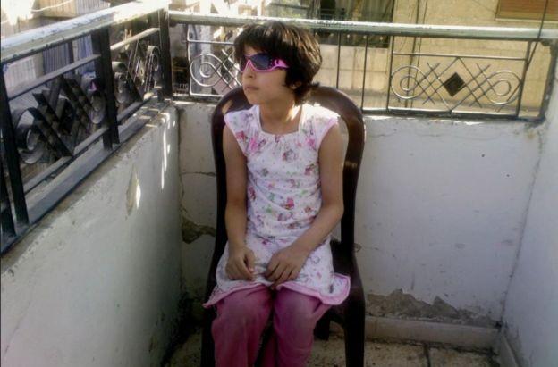 نوجين مصطفى عندما كانت طفلة