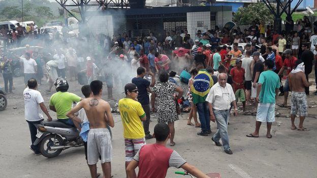 Protesto de brasileiros em Pacaraima no último sábado