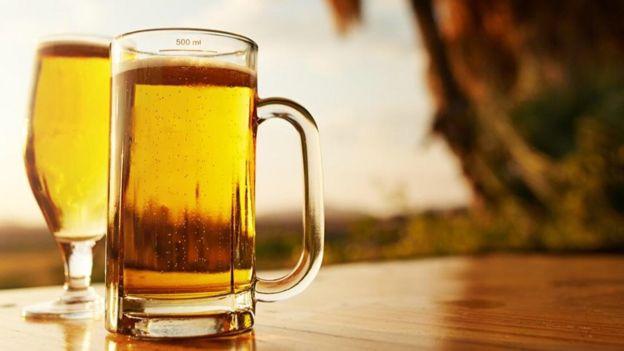 شراب پینے کے بعد بدن سے آنے والی ایتھانول کی بو ممکنہ طور پر مچھروں کو توجہ ہوتی ہے