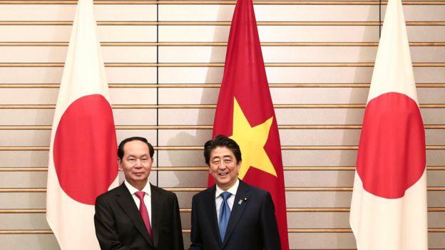 Chủ tịch Trần Đại Quang gặp với Thủ tướng Nhật Shinzo Abe hồi tháng 5