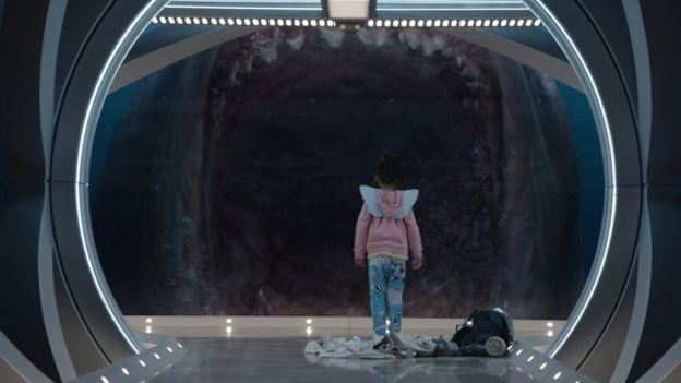 The Meg: the myth, the legend (the science) - BBC News