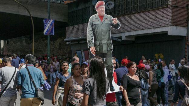Maduro se presentó como continuador de la obra de Chávez.