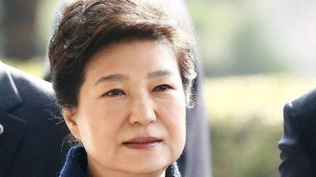 Bà Park là lãnh đạo được bầu theo quy chế dân chủ đầu tiên ở Nam Hàn bị phế truất và kết án 24 năm tù.