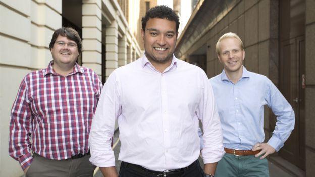 De izquierda a derecha, Andrew Mullinger, Samir Desai y James Meekings
