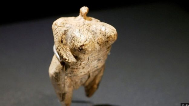 تمثال فينوس هول فيلز