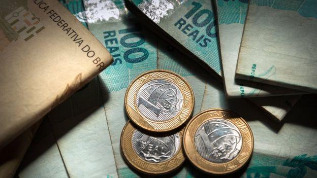 Notas e moedas de real