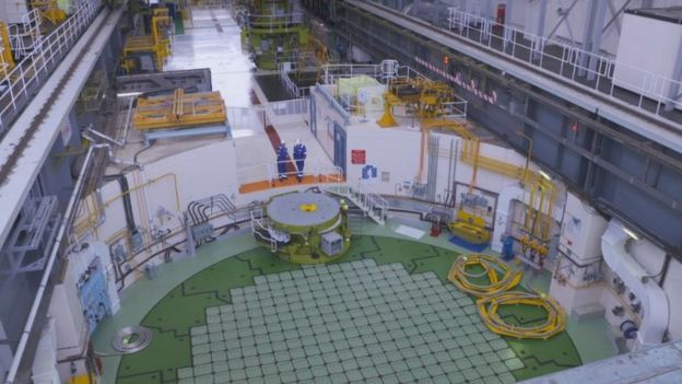 Cracks in Ayrshire nuclear reactor