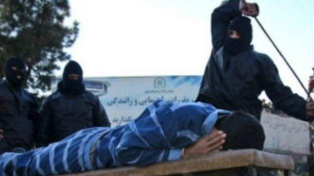 معاون قوه قضائیه ایران می گوید شلاق زدن مجازات اسلامی است