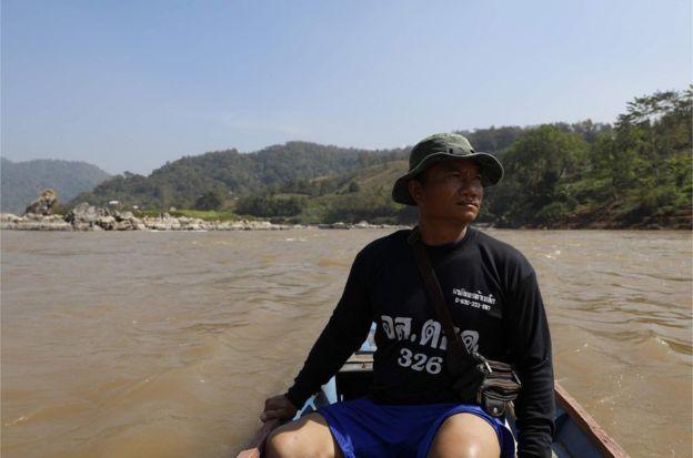 10月到11月期間潮水下降,華魯村的村民能在此之前從賣魚的生意中賺到一筆。