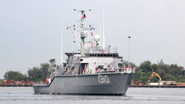 由於掃雷艇船體需要以不會電磁感應的材質打造,因此台灣原先計劃是向意大利的船廠取得技術轉移。