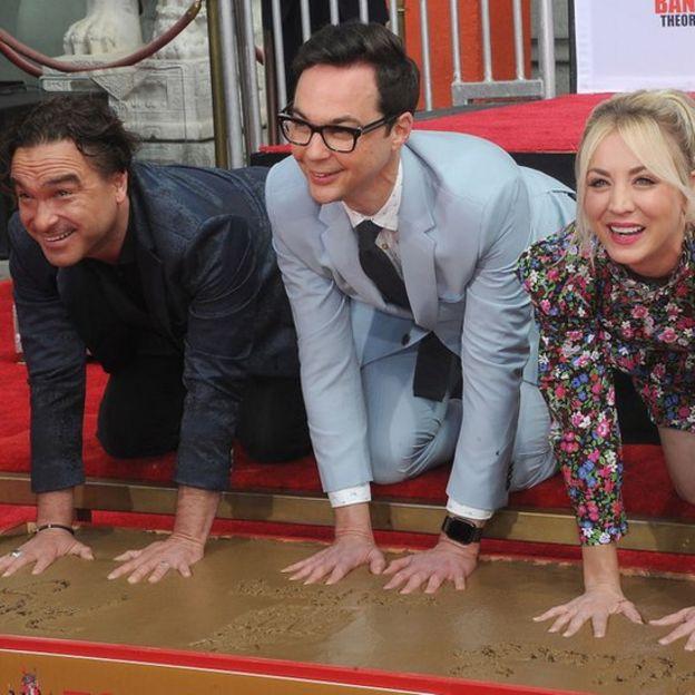 The Big Bang Theory termina con 279 episodios, lo que la convierte en la comedia con público en directo más longeva de la historia de la televisión.