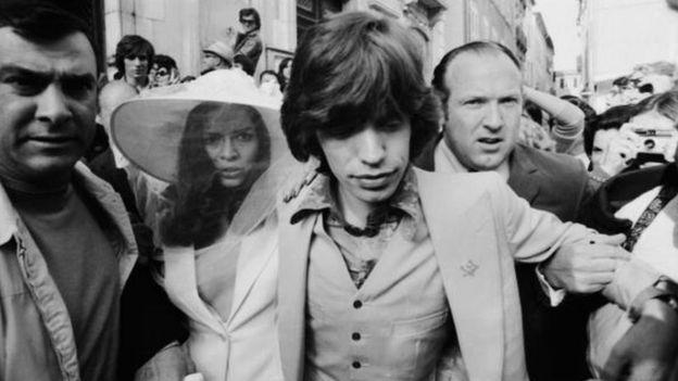 Bianca Jagger y Mick Jagger recién casados.