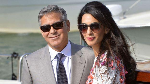 George Clooney oo aabba ku noqday 56 jir wax cambaareyn ah lama kulmin