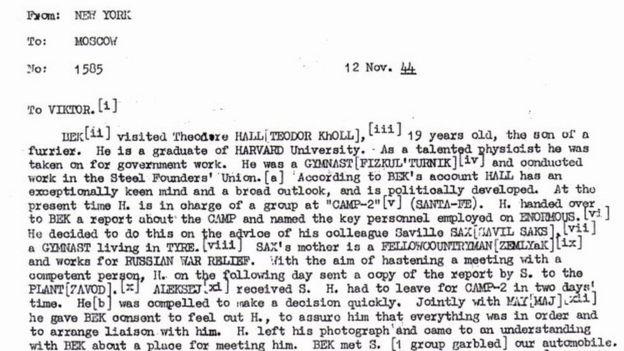 Cable desclasificado detalla contactos entre Hall y la URSS en 1944.