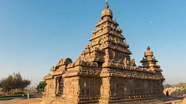 மாமல்லபுரம் கடற்கரை கோயில்.