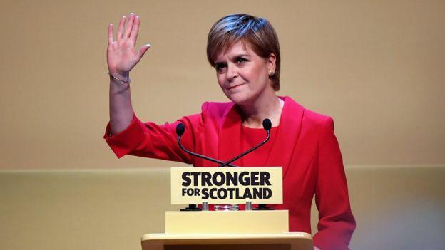 SNP lideri Nicola Sturgeon