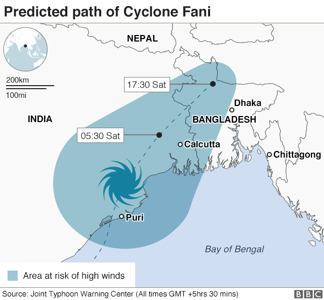 Cyclone Fani: Indians shelter from cyclone's onslaught - BBC News