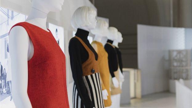 платья, фото с выставки