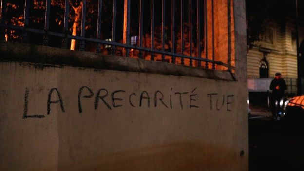The phrase meaning 'insecurity kills' spray-painted on a wall of the higher education ministry in Paris
