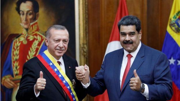 Presidents Erdogan (L) and Maduro in Caracas, 3 Dec 18