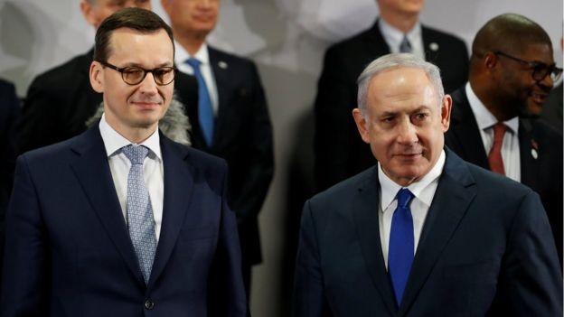 премьер-министры Польши и Израиля Матеуш Моравецкий (слева) и Биньямин Нетаньяху (справа)