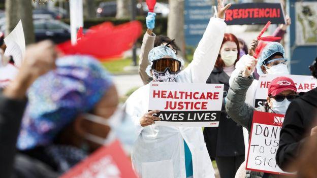 Marcha en Nueva York de personal sanitario