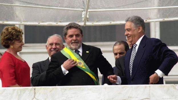 Lula com FHC, Marisa e José de Alencar em sua primeira cerimônia de posse, em 2003