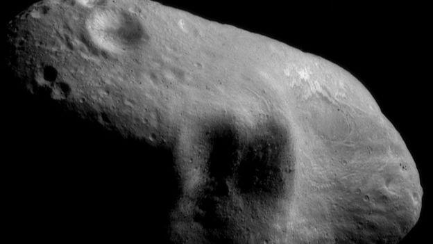 De acuerdo a la NASA, casi todos los asteroides cercanos a la Tierra con un tamaño similar o mayor ya han sido descubiertos, rastreados y catalogados.