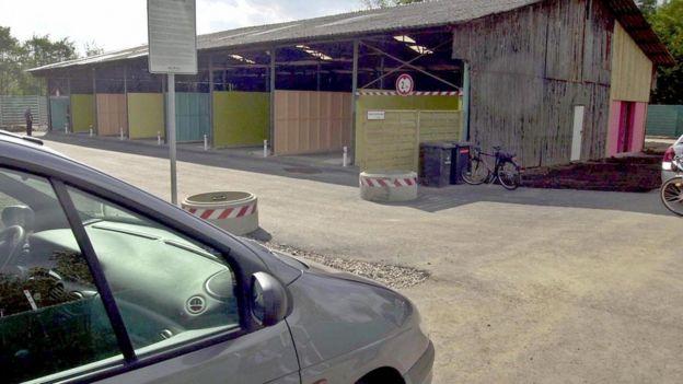 Подобный комплекс появился в немецком городе Кельне в 2001 году
