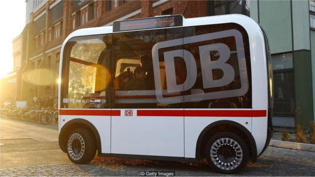 ônibus público autônomo
