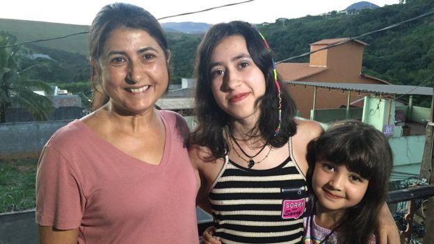 Maria Augusta com as filhas