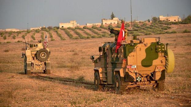 Türkiye ile ABD orduları, Menbiç'te ortak devriye çalışmasına başladı.
