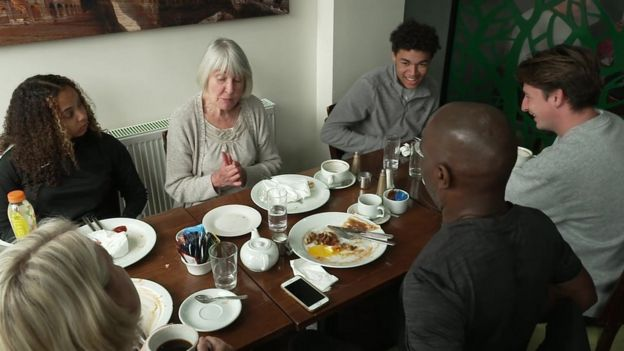 Coronavirus: 'Extend Eat Out to Help Out' - restaurant owner _114180401_6