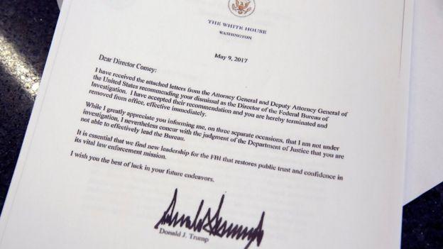 Copia de la carta de Trump despidiendo a Comey.