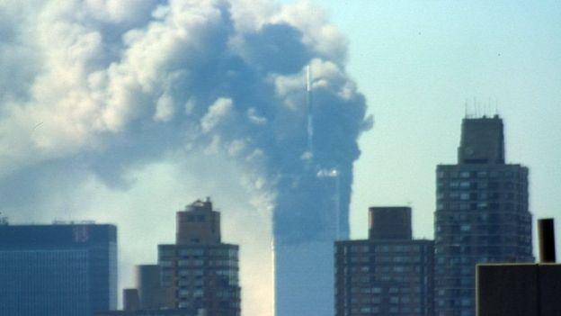 இந்த 9/11 தாக்குதலின் விளைவாக ஆஃப்கானிஸ்தான் மற்றும் இராக்கில் அமெரிக்கா தலைமையிலான கூட்டுப்படையினரின் போர் நடவடிக்கைகைள் ஆரம்பமாகின.
